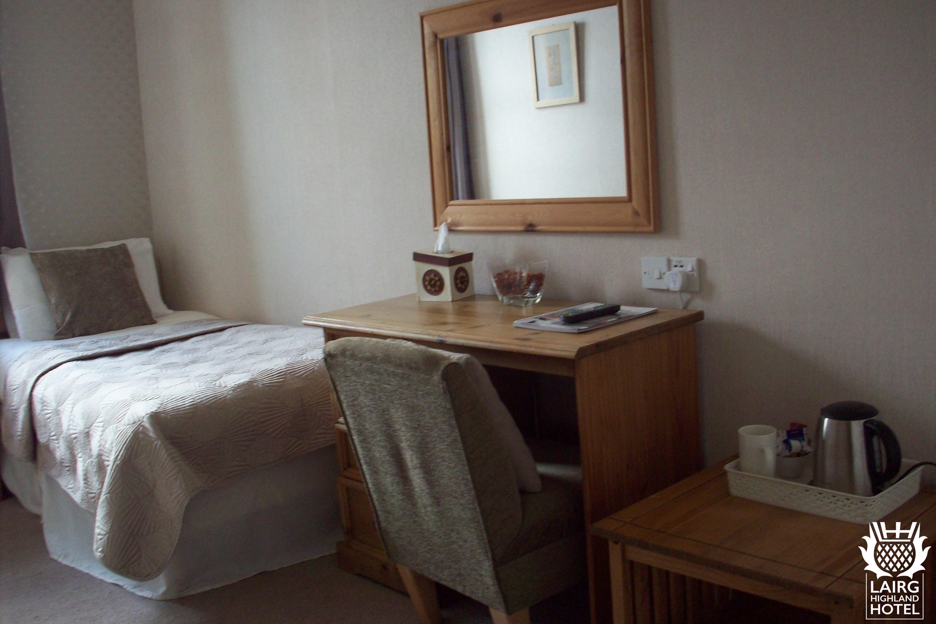 Single Room (3)